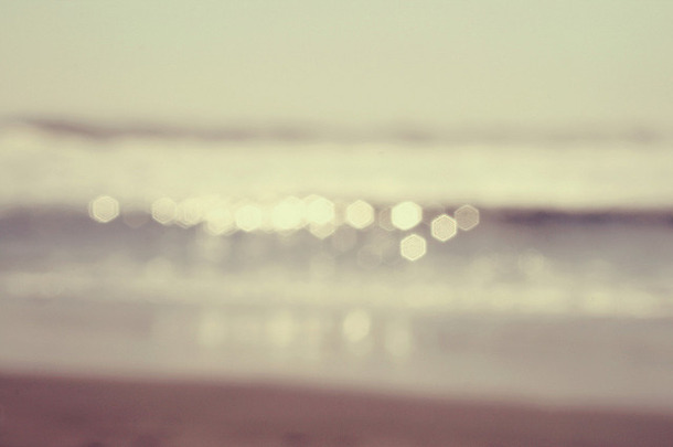 Favim.com-beach-blur-bokeh-light-summer-81915